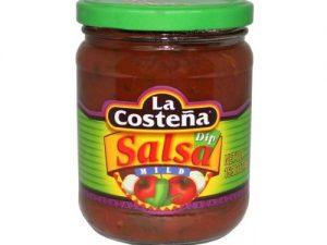 Enyhén csípős salsa tortilla chipshez